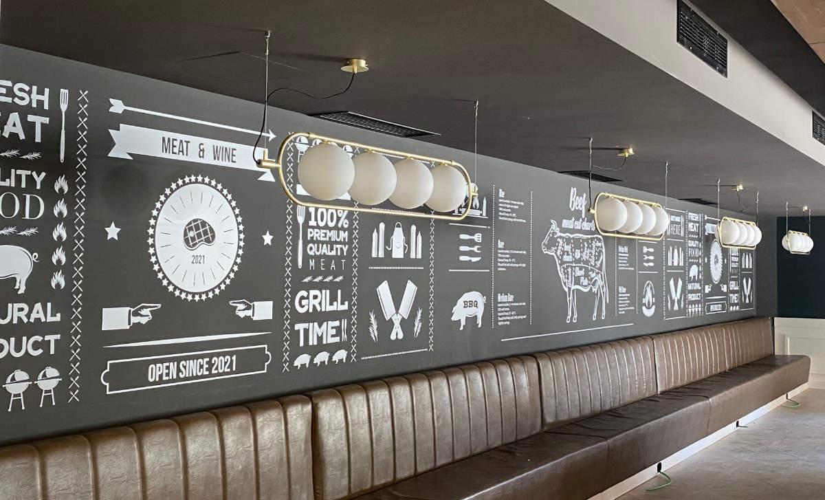 rivestimento murale di un ristorante a Palermo