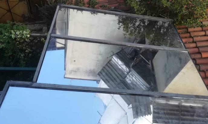 pellicola controllo solare su tettoia