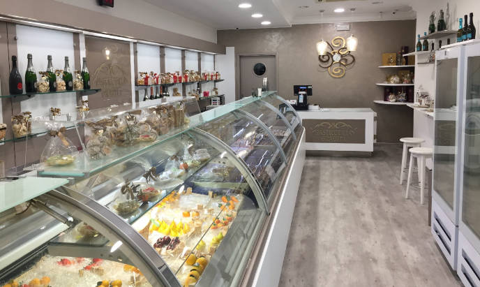 restyling commerciale pasticceria
