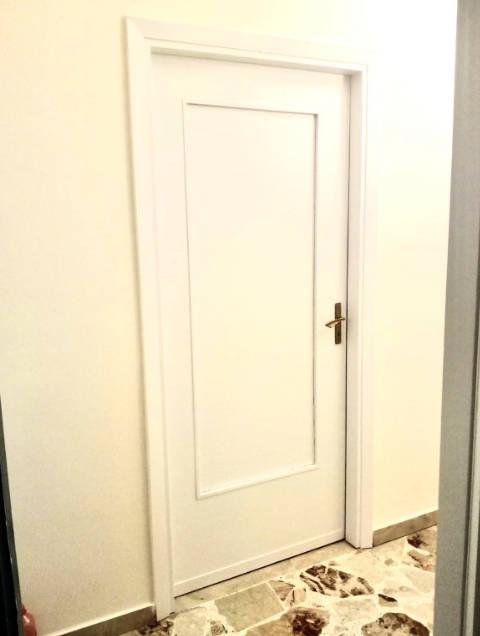 rivestimento porta con pvc adesivo